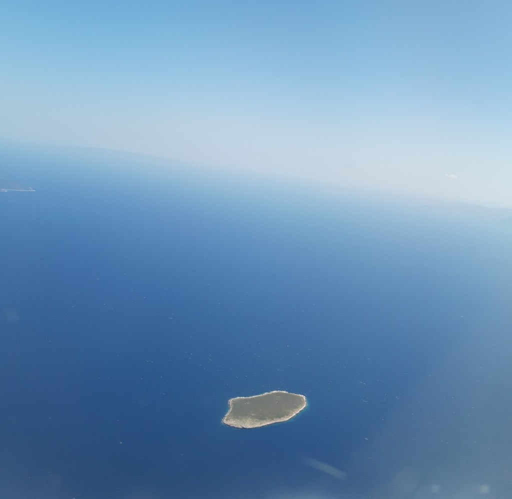 O insuliță din largul Mării Egee